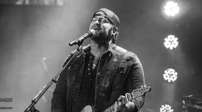 Lee Brice Hits One Out Of The Park